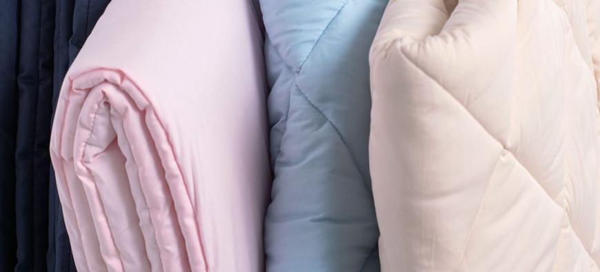 Farben, die Krabbeldecken gibt es jetzt auch in Rosa und Hellblau